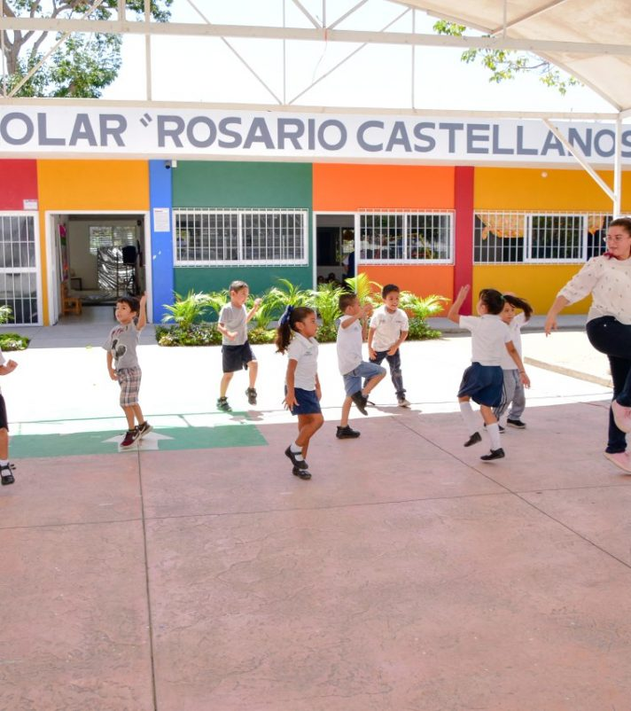 alcalde-insua-supervisa-preescolar-rosario-castellanos